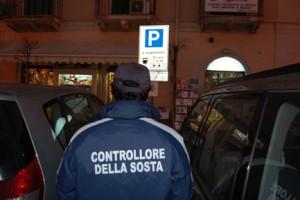 Dipingere Strisce Parcheggio : Roma fa schifo caso del parcheggio abortito di via fermi gli