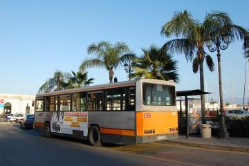 Autobus Ast nel porto di MIlazzo