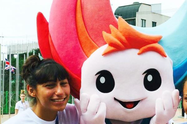 Ursula Gitto con la mascotte delle Universiadi Coreane 2015