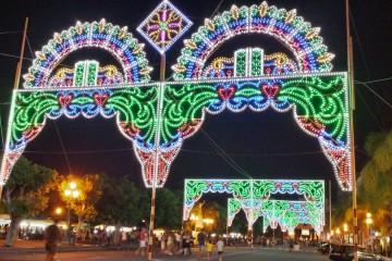 Luminarie in Marina Garibaldi in onore del patrono Santo Stefano