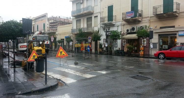 I lavori dell'Enel nel centro di Milazzo