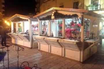 Il mercatino di Natale in via Medici
