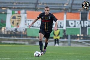 Francesco Cernuto con la maglia per Emergency (Foto Venezia Calcio)