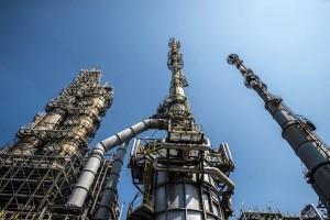 Un impianto della raffineria di Milazzo