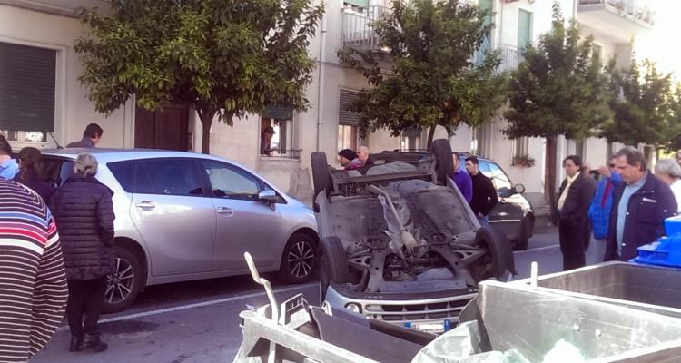 Milazzo Sacro Di Al Centro Cappotta Nel Scontro Terribile Auto UaxpO