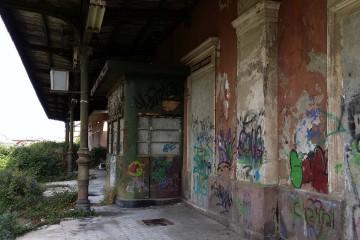 Quel che resta della vecchia stazione di MIlazzo