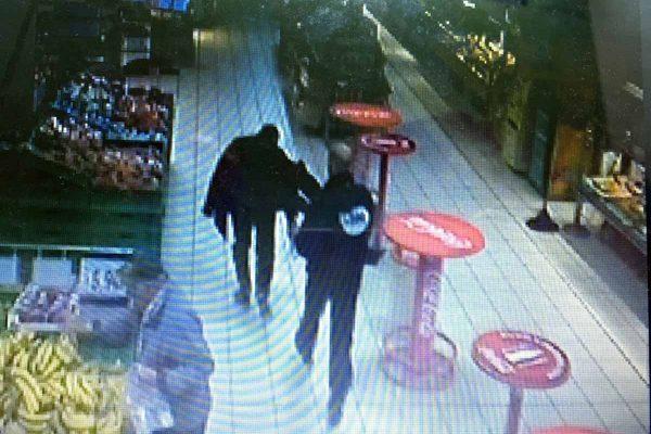 La guardia giurata insegue all'Ipercoop il ladro di liquori (FOTO ESCLUSIVA OGGI MILAZZO)