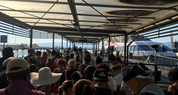 Il terminal degli aliscafi a Milazzo (Foto Oggi Milazzo)