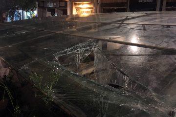 La copertura danneggiata di Piazza Duomo (FOTO OGGI MILAZZO)