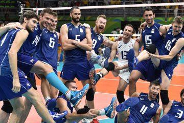 La nazionale del Volley. Sdraiatoil milazzese Daniele Sottile