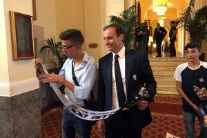 L'allenatore della Juventus Allegri con Piergiacomo Bucolo