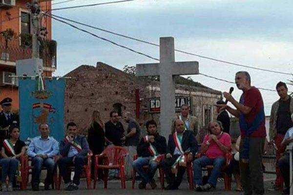 I sindaci intervenuti all'incontro di Archi per ricordare l'incendio alla Ram del settembre 2014