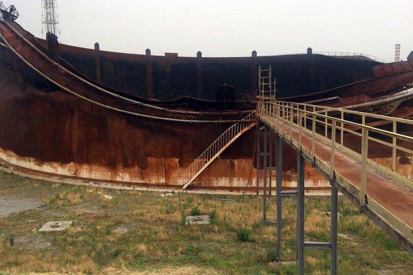 Ecco oggi il serbatoio tk513 che due anni fa fu divorato dall'incendio  (FOTO ESCLUSIVA OGGI MILAZZO)